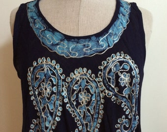 Embroidered Dress mid legnth