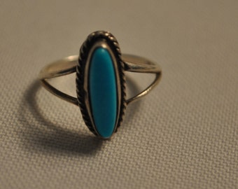 Hand crafted silver turquoise ring