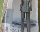 Vogue 2162 Oscar De La Renta Misses Jacket and Pants Sewing Pattern size 8 10 12 UNCUT