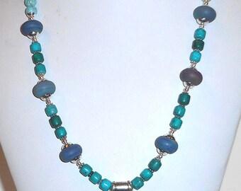 HORIZONS Southwest Lampwork Turquoise color Gemstones Crystal Necklace