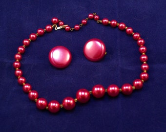 Vintage JAPAN Vibrant Rosey Red Beaded Necklace w/ Matching Clip-on Earrings