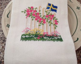 Swedish fence with flowers