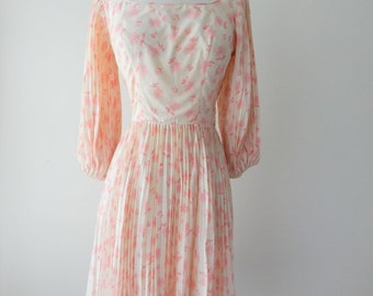Melodeon dress | vintage 1950s dress • accordion pleated 50s dress