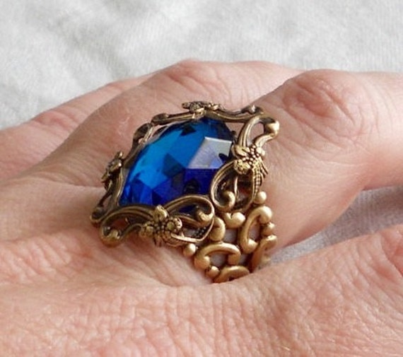 osO SISSI Oso bermuda blue glass and brass ring