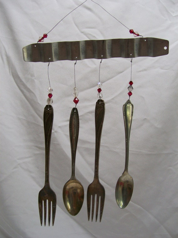 Recycled silverware wind chime for Wind chimes out of silverware