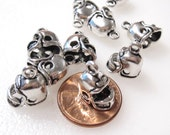 50% Off 12 Football Helmet Charms Antique Silver Tone, 3D C0226 H16