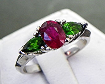 AAA Vivid Red Ruby Natural   1.04 Carats   14k white gold ring with Chrome Diopside 1036