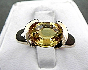 AAAA Yellow Sapphire   9.3x7.5mm  2.49 Carats   14K gold ring 4 grams