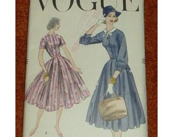Vintage Vogue Dress Pattern Cut 1956 size 10 #8968