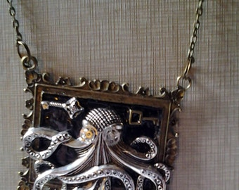Large Octopus Squid Pendant Resin Necklace Silver Brass Bronze Chain Steampunk Jewelry Cthulhu