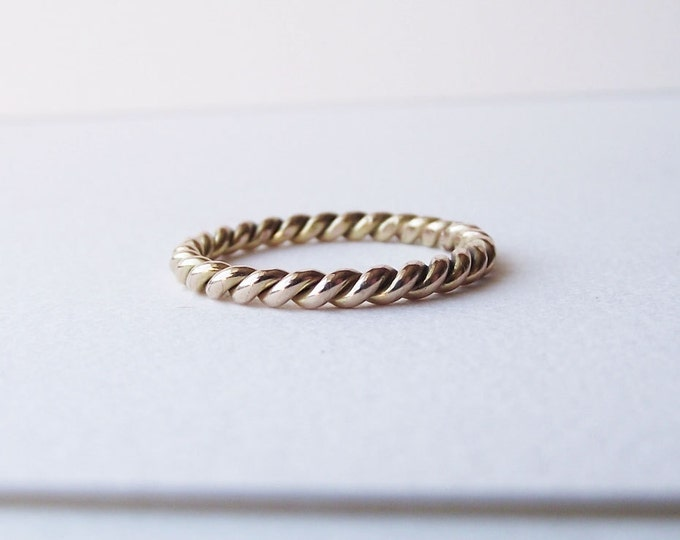 Texture Ring 14K Gold Ring, Womens Wedding Band, Nontraditional Wedding ring, Handmade Wedding Ring, Gold Ring, Love Rope Ring