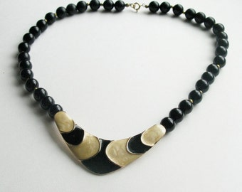Black and Cream Beaded V Pendant Necklace