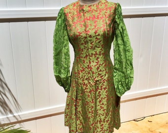 Vintage 60s Go Go Red And Green Floral Mini Dress - Flower Power - Medium