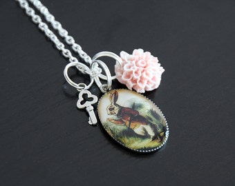 Collier Alice # 121 : Alice au pays des merveille, in wonderland, lewis carroll
