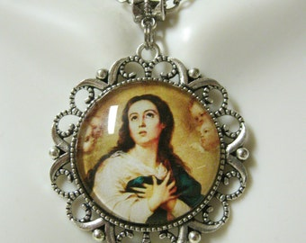 Immaculate conception pendant and chain - AP25-047
