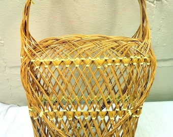 Vintage 1960's Wicker Basket