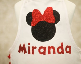 Minnie Mouse inspired Apron with Ruffle and Glitter Vinyl Applique