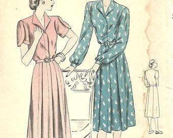 Vogue 6045 / Vintage 40s Sewing Pattern / Dress / Size 18 Bust 36