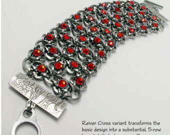 Tutorial Reiver Cross Wide Chainmaille with Crystaletts