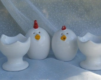 Egg Shaped Chicken Salt and Pepper Shakers in Egg Cups, Vintage Japan Made