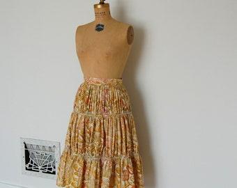 ON SALE - Vintage 50s Skirt - 1950s Novelty Print Skirt - The Margaret