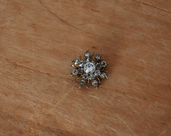 Antique Paste Brooch - Brass Starburst Pin - The Hilde