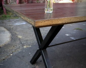 Reclaimed Oak Wood X-Rod Dining Table