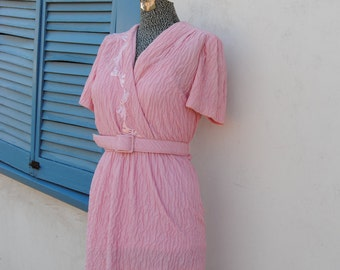 Vintage 1970's Romantic Pale Pink Dress with Embroidered Bows and V-neck