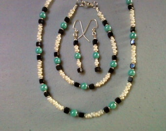Black, Aqua and Cream Necklace, Bracelet and Earrings (0603)