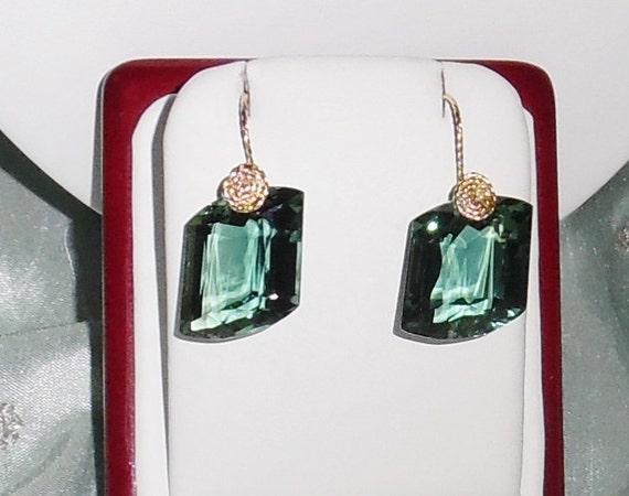 47 cts Natural Fancy Green Amethyst gemstones, 14kt yellow gold Pierced Earrings