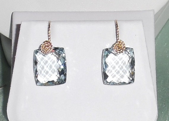 25cts Natural Emerald CKB cut Sky Blue Topaz stones, 14kt yellow gold Pierced Earrings