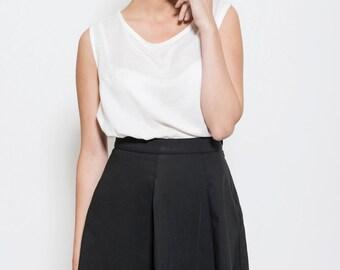 Black high Waist skirt, Black mini skirt, prom skirt, elegant skirt. pleated skirt, black skirt, office wear, day wear, summer skirt