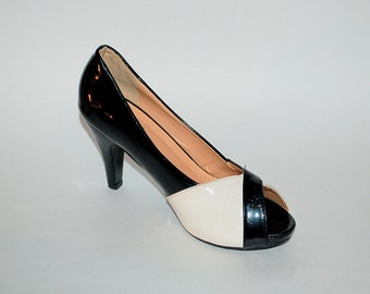 Vintage Black and white peep toe pumps