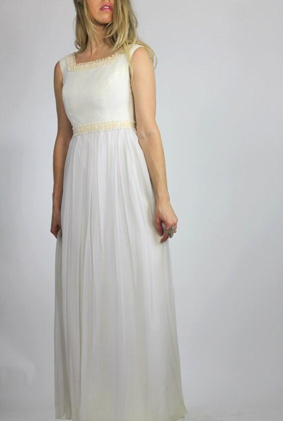 Summer Bride Vintage 60s Wedding Dress Outdoor Wedding Beach Forest Bride Sheath xs s CLEARANCE RACK