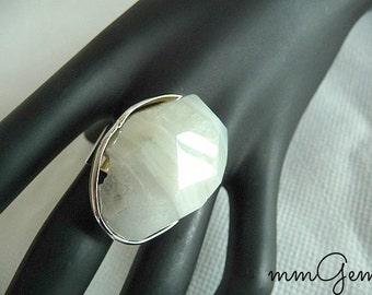 Boho ring, big chunky ring, chunky ring, unusual ring, white ring, white agate ring, boho gemstone ring, gemstone ring, big ring, huge ring,
