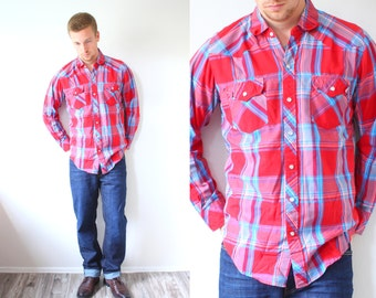 Vintage red plaid shirt // red blue checkered shirt // Wrangler western shirt // plaid lumberjack shirt // long sleeve shirt // Mens flannel