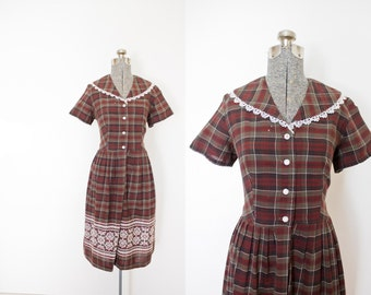 Vintage 1950s Dress - Plaid Cotton Shirtwaist Full Skirt Embroidered Ethnic Day Dress - Large