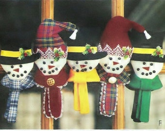 Felt Snowman Ornaments and Greeters Pattern Snowman McCalls 3778