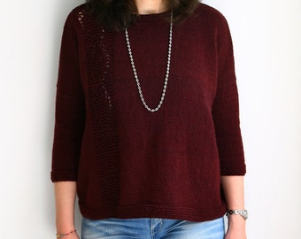Handknit boxy sweater - Burgundy red - Oversize sweater with lace panel - Wool, cashmere and angora blend - Size S/M