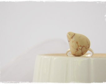 Anatomy Stone Ring, Beach Pebble Ring, Stone Jewelry, Blood Vessels Ring, Statement Rock Ring, Greek Stone Ring, Gothic Rock Ring ~ Greece