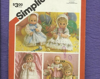 Vintage 1983 Simplicity 6055 Baby Doll Clothes Pattern for 17..18  inch Dolls UNCUT