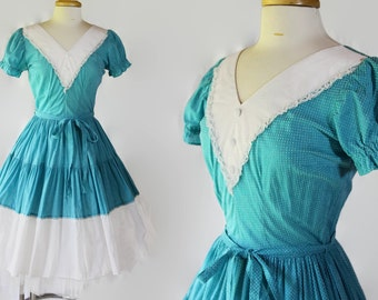 70s Does 50s Dress / Rockabilly / Dotted Swiss / Fit and Flare / DeLoris