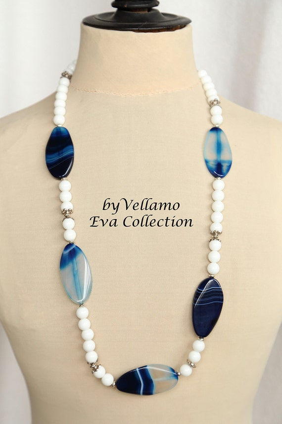 Large chunky necklace, white round porcelain, blue banded agate gemstones, white with blue, dark blue, modern statement druzy agate necklace