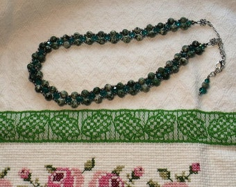 Green Crystal Cross Weave Beaded Crystal Necklace
