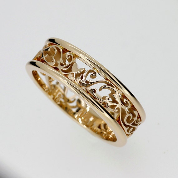Wide filigree ring made from Yellow gold men wedding ring