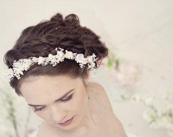 Pearl flower crown, bridal flower crown, Wedding tiara with pearls and babys breath flowers, Wedding flower crown, style ***Eve***