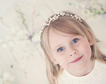 Pearl Tiara, Bridal Tiara, Wedding Tiara, Pearl Tiara, Bridal headband, Bridal pearl tiara, Pearl flower crown, Pearl headband