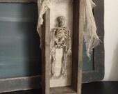 Spooky Halloween decor, skull, oddities, skeleton, party decor, haunted house prop, primitive Hallowen prop, Halloween gift