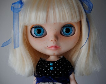 Custom Blythe Dolls For Sale by OOAK Blythe custom AMY