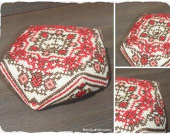 PDF cross stitch mandala pattern: Biscornu Mandala1